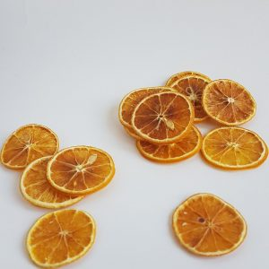 Gedroogde sinaasappelschijfjes gedroogde bloemen webshop